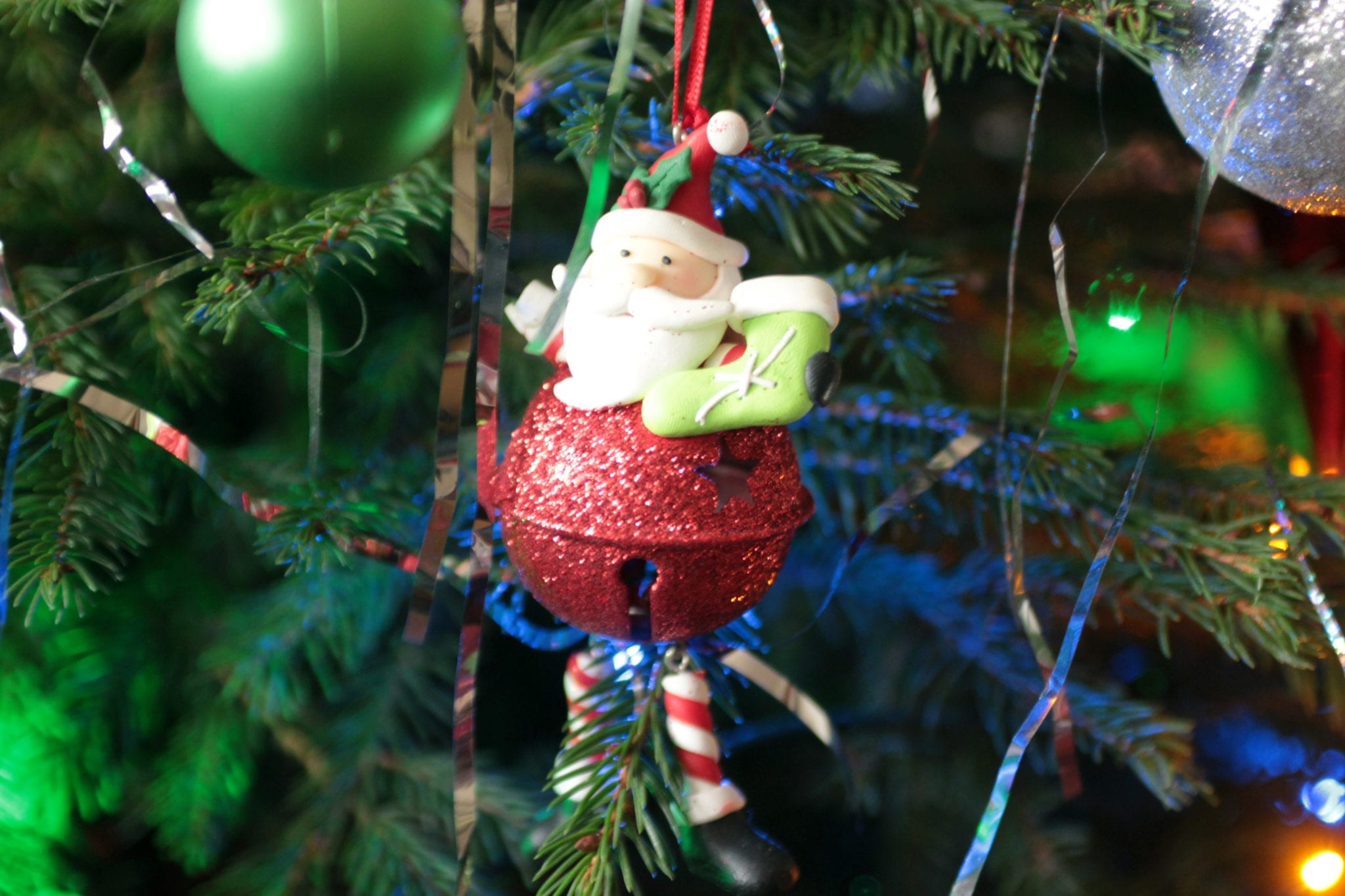 christmas-opening-hours-a-free-christmas-offer.jpg